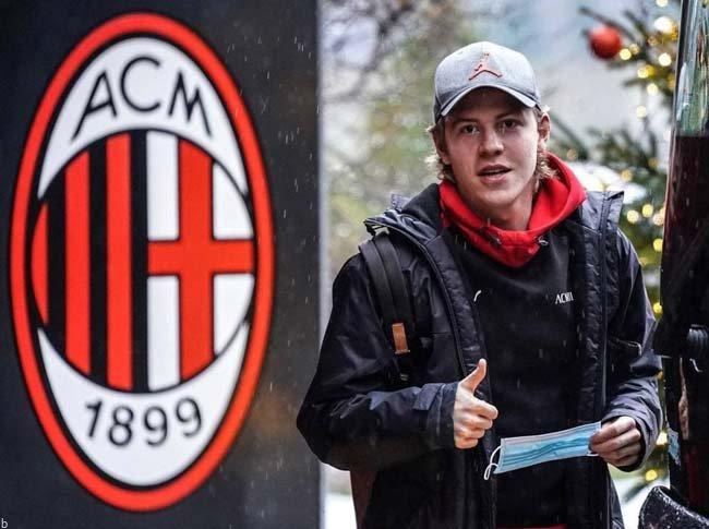 فرم پیش بینی بازی میلان و بنونتو لیگ برتر ایتالیا