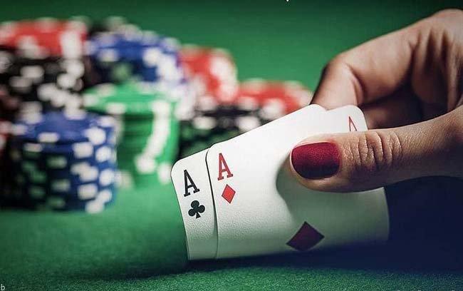 استراتژی دست داغ در شرط بندی چیست؟ | نکاتی مهم برای پولسازی در بازی های کازینویی