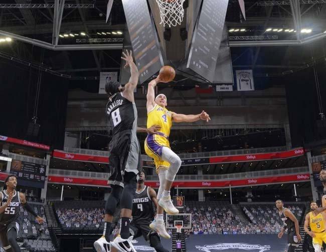 سایت شرط بندی بسکتبال | راهنمای شرط بندی بر روی تیم لس آنجلس لیکرز NBA